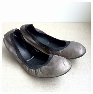 Cole Haan Women US 10 Silver Leather Flats